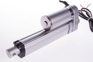 Attuatore Lineare IP54 100mm 12V 0.32cm/s 150Kg